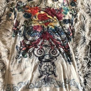 Tops - Large Multi colored embellished tee size L